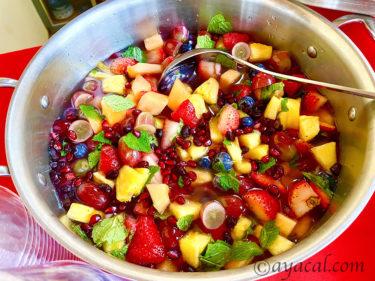彩り鮮やかフルーツサラダ